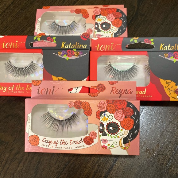 Other - Bundle of lashes